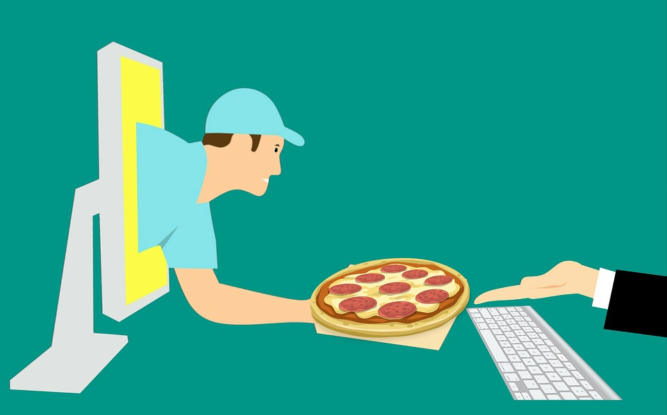 Online Food Order and Delivery: What is Helping the Trend Gain Ground?
