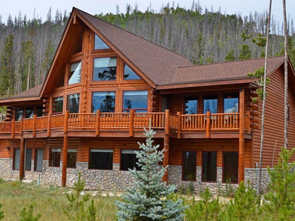 The Most Commonly Used Woods For Log Cabins