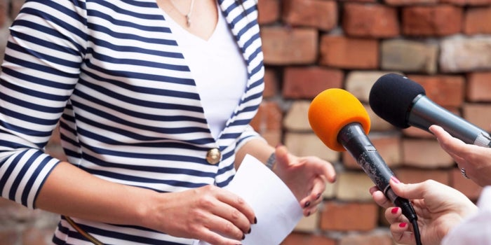 How To Talk Like A Professional Journalist?
