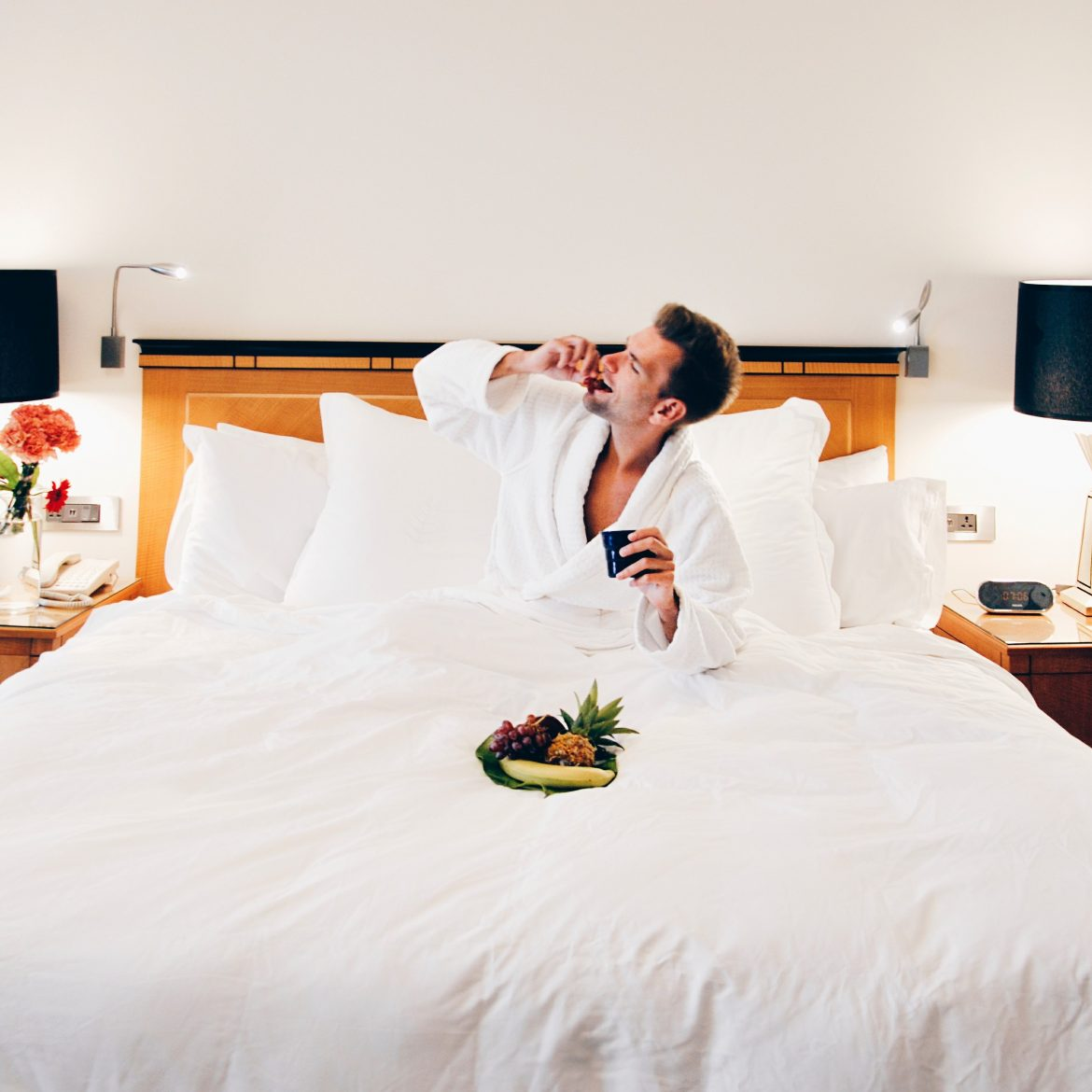 8 Worst Kinds Of Hotel Guests Hotel Insiders Do Not Respect