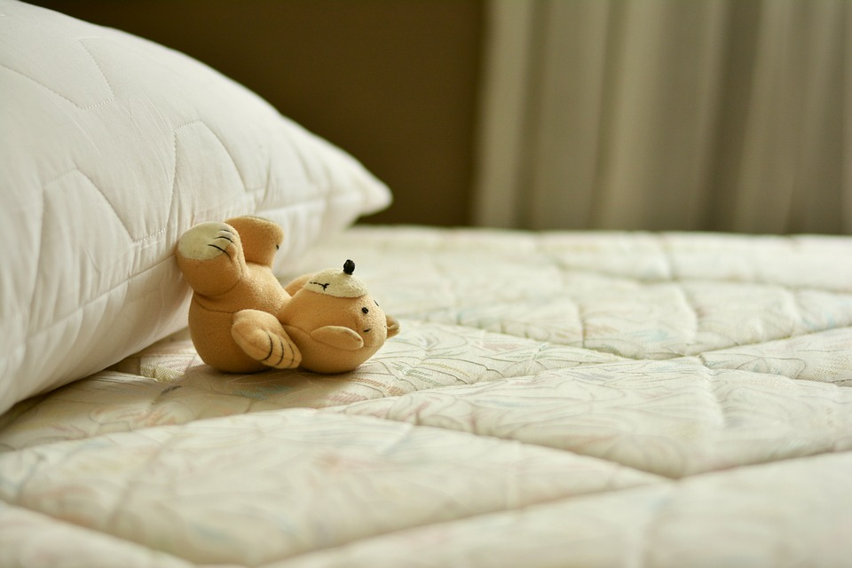 What makes Pocket Sprung Memory Foam Mattress a perfect bed accessory for good night's sleep?