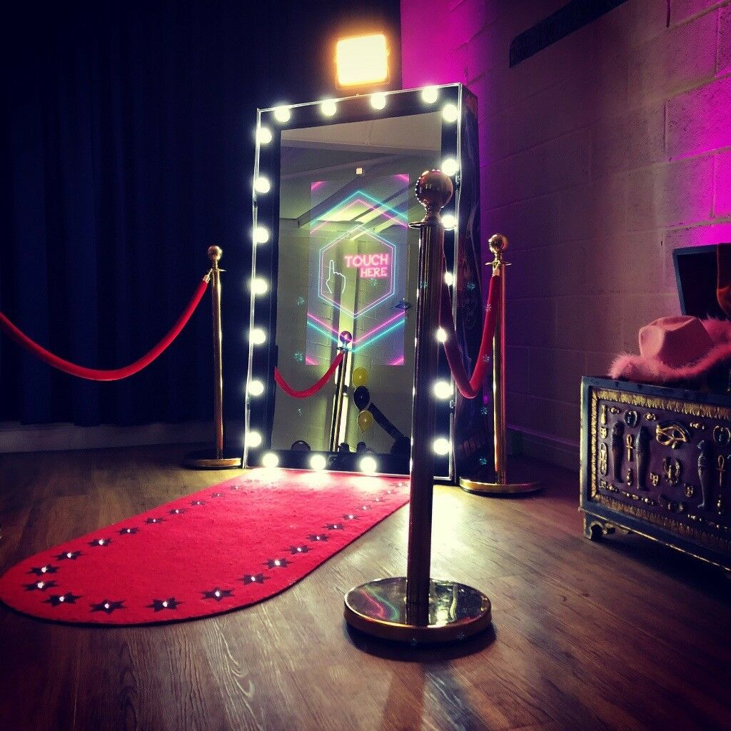 Magic Mirror Photo Booth Party Lovers – Gaming Parties