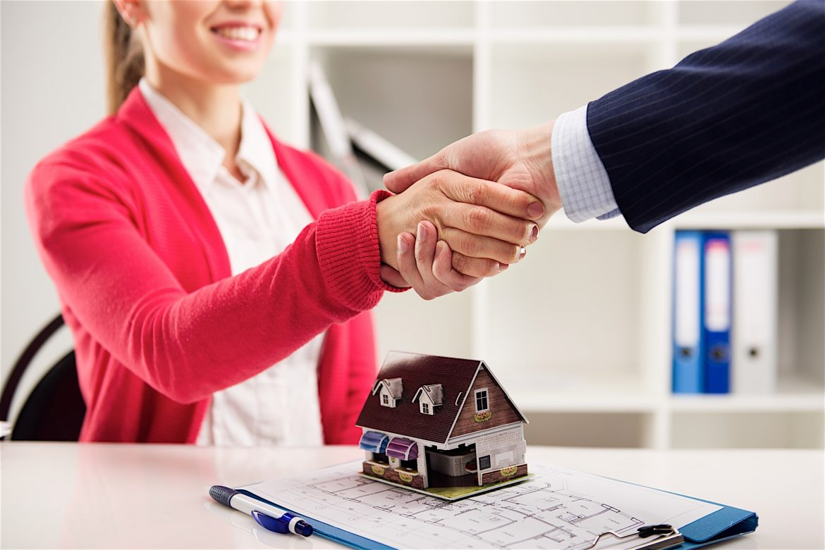 What are the Perks of Being a Real Estate Agent?