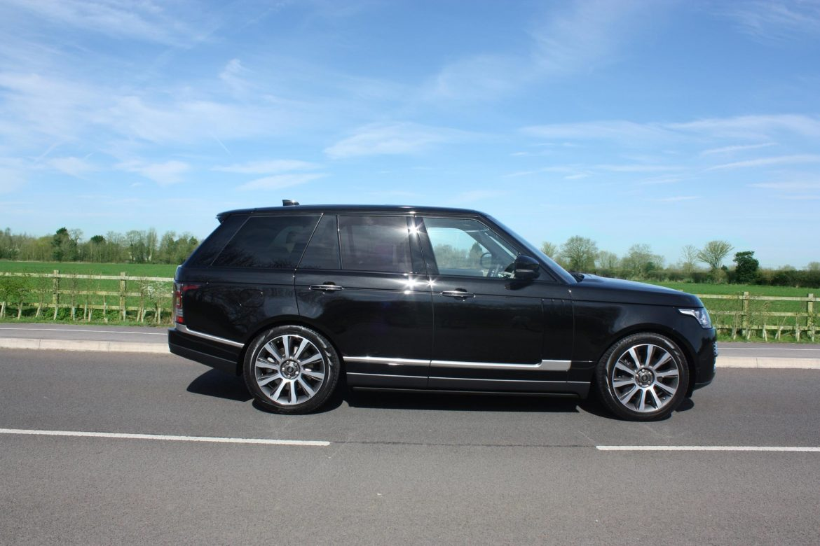 4 common benefits of Chauffeurs service Oxford