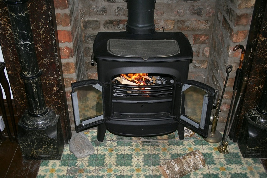 Wood burning stove Issues, Causes, and Solutions – A Comprehensive Guide