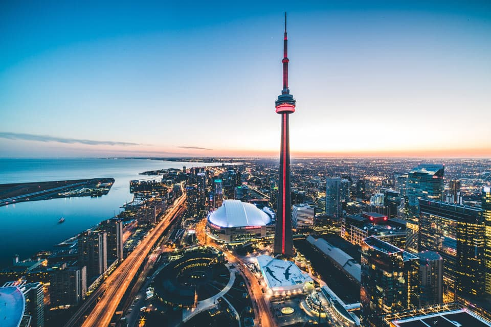 What are the Top 10 Things to Do near CN Tower?