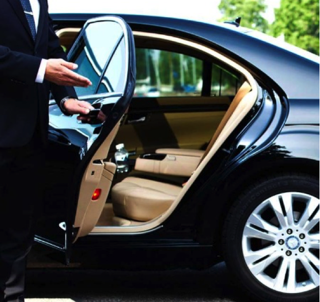 6 Reasons To Hire Oxford Airport Transfers | Spire Taxis