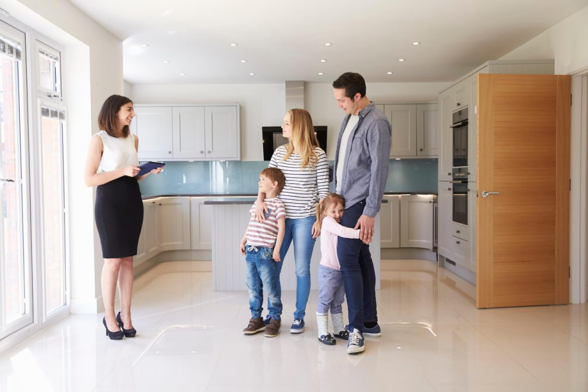 Real Estate Brokers and Agents in Ireland: Do You Need Them?