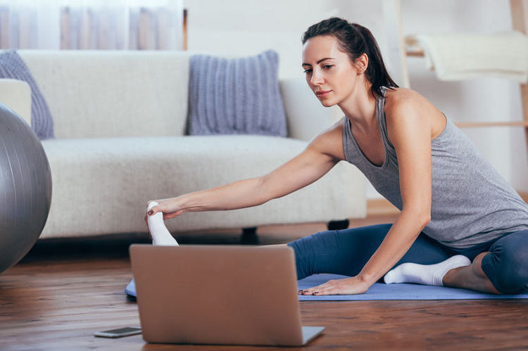 Looking for the Best Online Yoga Classes: 6 Important Things to Consider