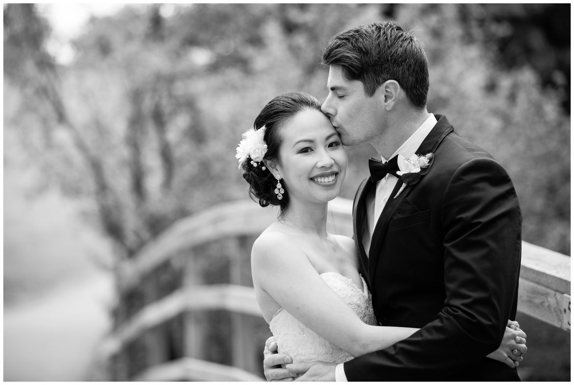 4 Reasons to Hire Photographers for Calgary Wedding Photography