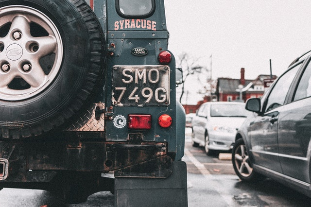 Tips to choose a private number plate for your vehicle