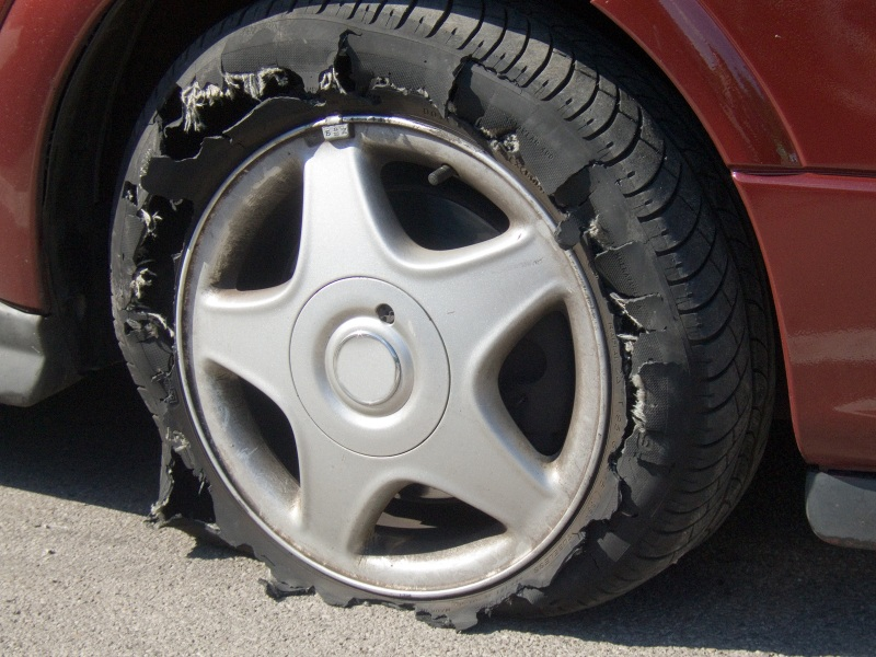 Prominent Causes and Types of Tyre Damage