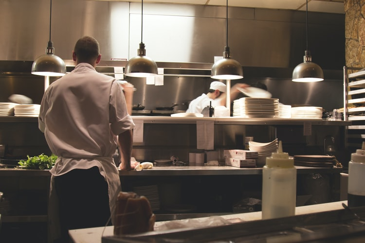 How to Get More Restaurant Online Food Delivery Sales: 6 Ways and Steps to Consider