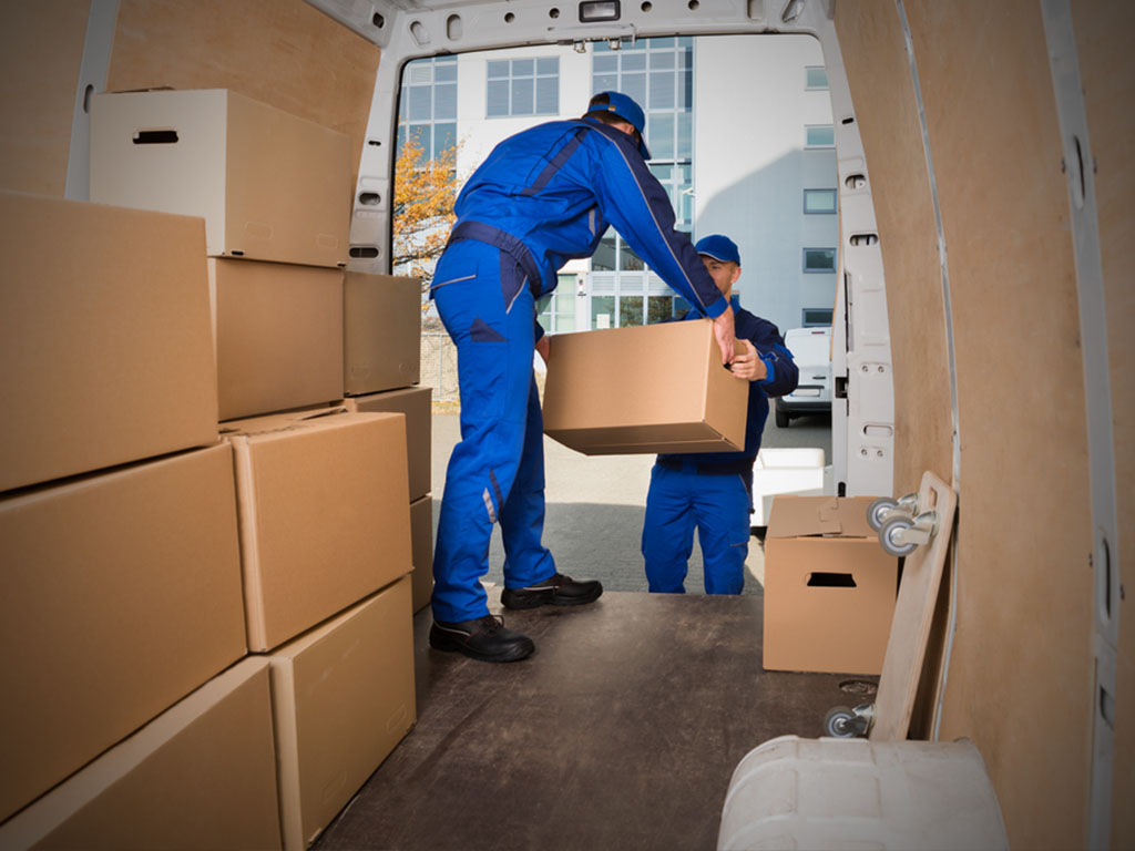 Hire Cheap and Professional Man and Van in London to Aid Your Move