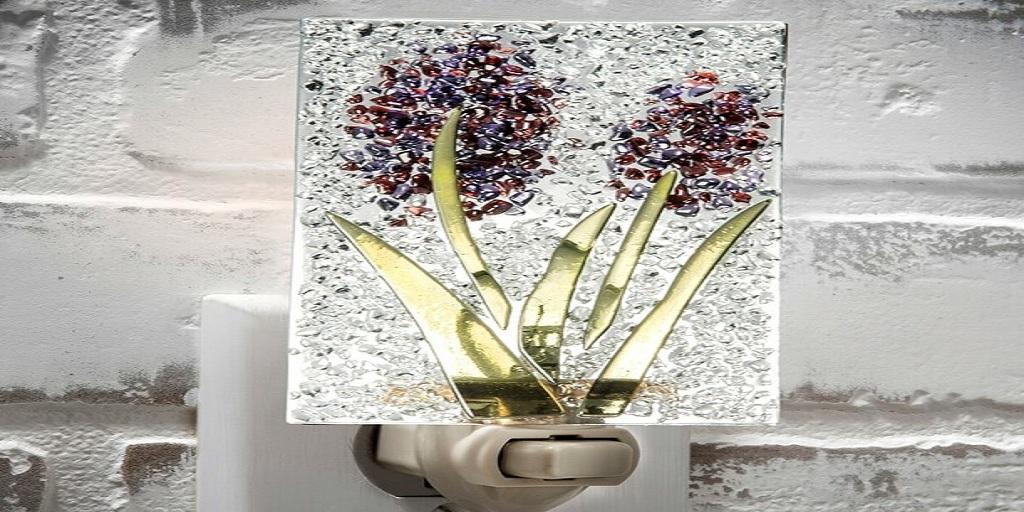 3 Benefits of Using Glass Night Lights