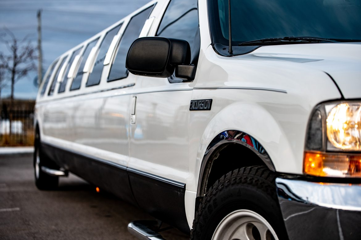 8 Different Types of Limos You Can Book