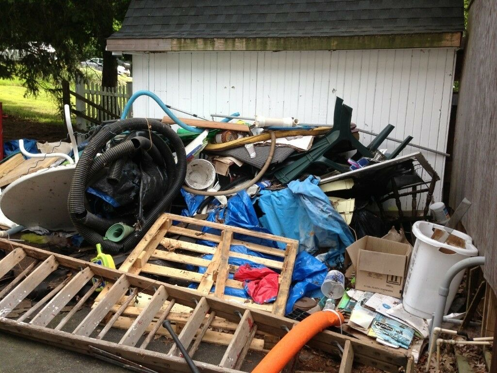 What Are the Top Reasons to Invest in Professional Rubbish Removal in Birmingham?