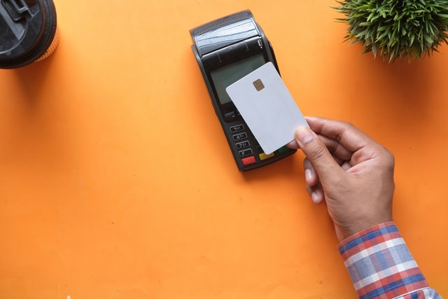 Why Your Business Needs a Contactless Payment Solution Now!