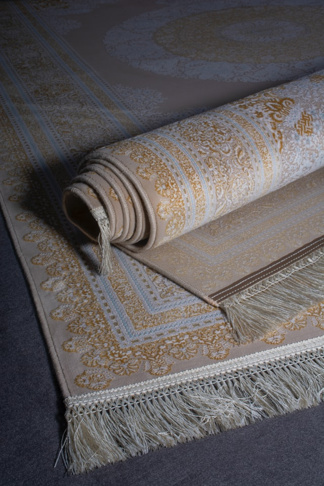 How to Save on Buying Carpets in Mississauga (3 Tips)