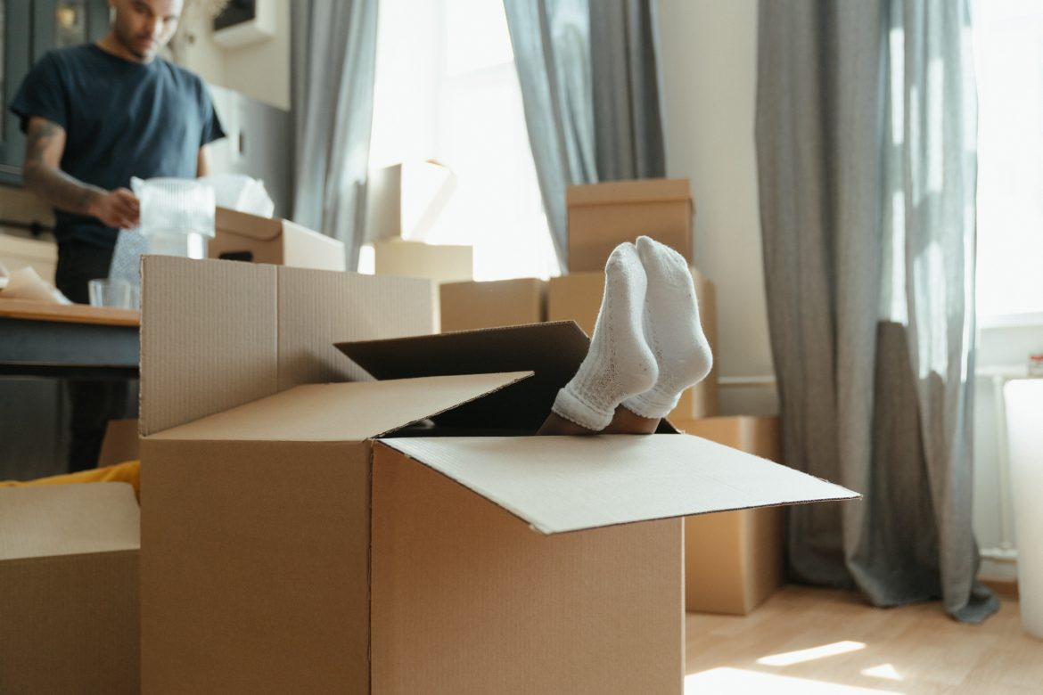 BENEFITS TO HIRE A PROFESSIONAL LONG-DISTANCE REMOVALS IN MANCHESTER YOU SHOULD KNOW