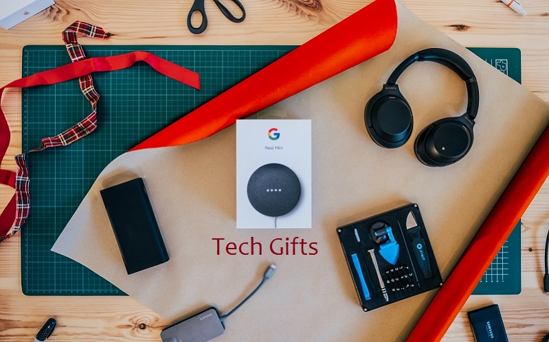 Tech Gifts You Can Give to Your Loved Ones This Year