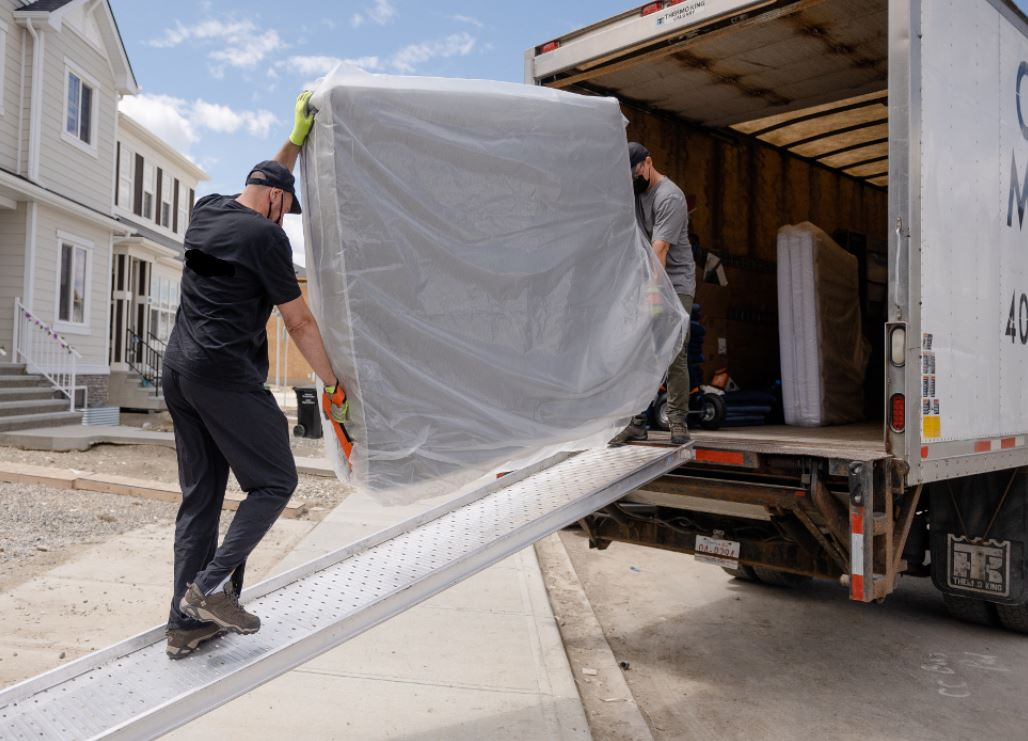 LONDON MOVERS COMPANY AND THEIR SPECIALITIES